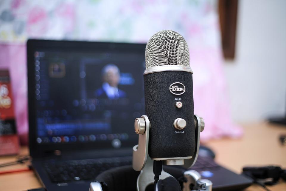 Tren Podcast untuk Kembangkan Bisnis